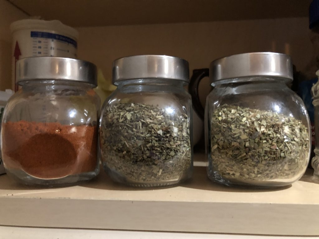 plastic-free spice containers