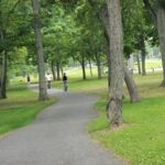 Image of a trail along the Niagara Parkway