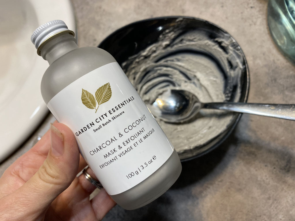 Garden City Essential Charcoal & Coconut Clay Mask