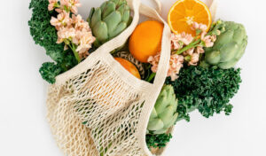 Image of a plastic-free grocery bag